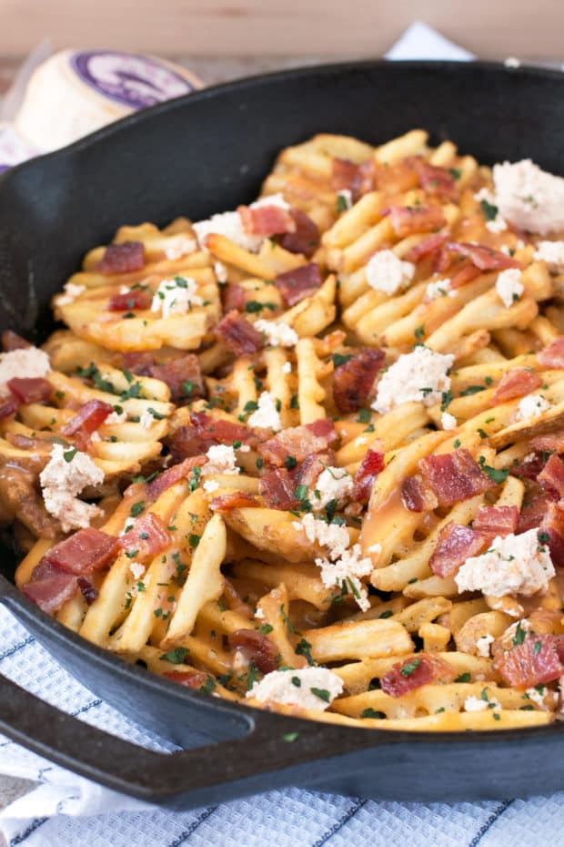 Waffle Fry Spicy Pepper Bacon Poutine | cakenknife.com #appetizer #snack #frenchfries