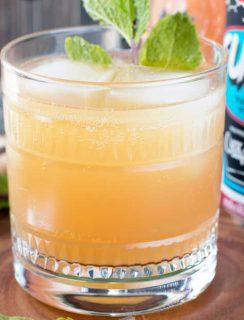 Elvis Cocktail (AKA Grapefruit Gin Beer Cocktail) | cakenknife.com #cocktail #beer #IPA #gin