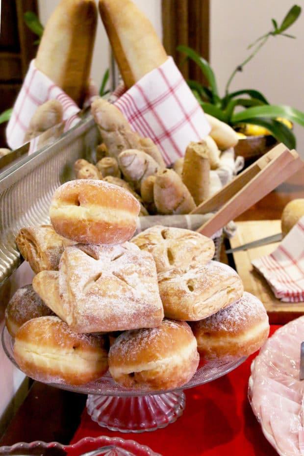 48 Hour Foodie Guide to Prague | cakenknife.com #travel #travelguide #Prague