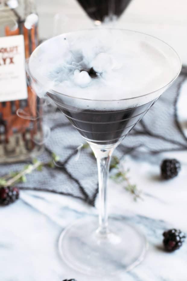 Absolut Elyx Black MagicMartini | cakenknife.com #cocktail #sponsored #halloween #magical