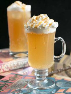 Butterbeer Cocktail (Two Ways!)   cakenknife.com #butterbeer #harrypotter #cocktail