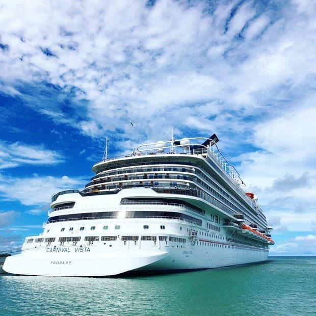 Cruise Ship Secrets for Millennials   cakenknife.com #cruisingcarnival #cruising #tipsandtricks #carnivalvista #sponsored