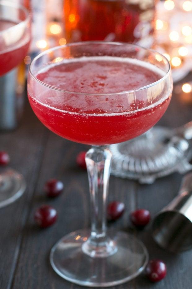 Cranberry Boulevardier | cakenknife.com