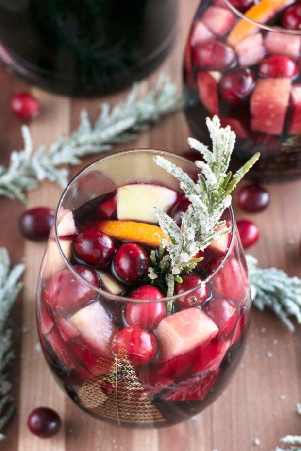 Christmas Sangria.Red Christmas Single Serve Sangria Cake N Knife