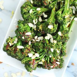 Spicy-Sweet Roasted Broccolini