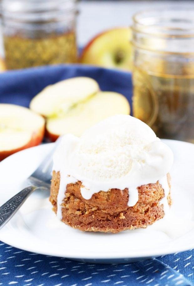 Caramel Apple Molten Cakes - Last Minute Thanksgiving Recipes