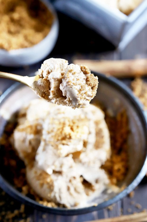 Pumpkin Spice Latte Ice Cream with Gingersnap Crumble