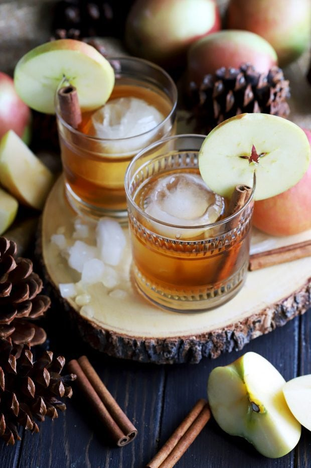 Apple Pie Old Fashioned Cocktail