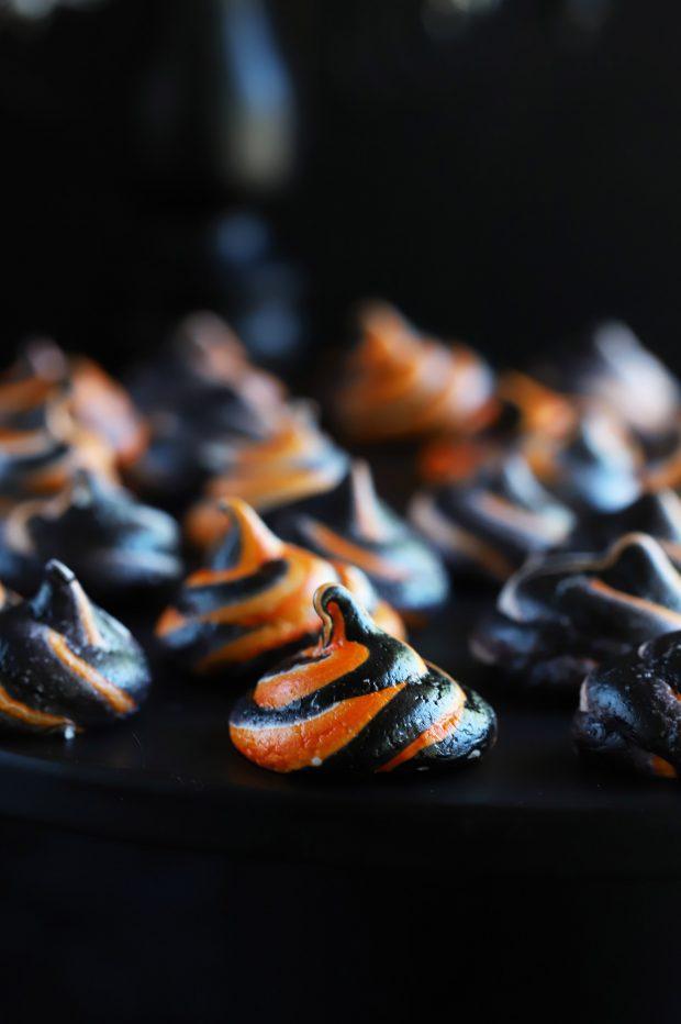 Spooky Halloween Meringue Swirls