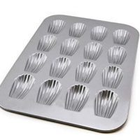USA Pan 1297MD Bakeware Madeleine 16 Wells, Warp Resistant Nonstick Baking Pan, Made in The USA from Aluminized Steel, Metallic
