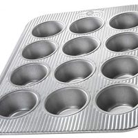 USA Pan Bakeware Cupcake and Muffin Pan