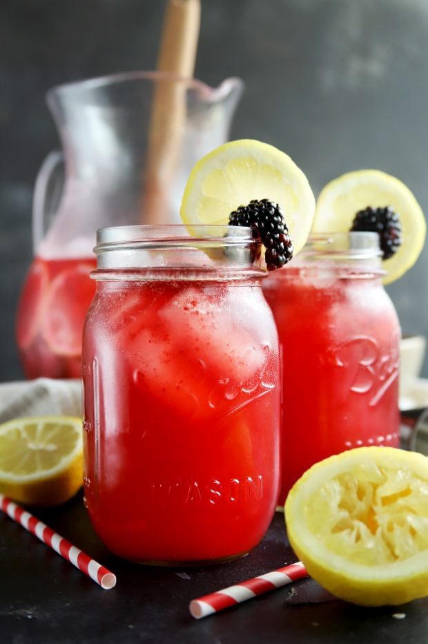 Mason jar summer lemonade cocktails