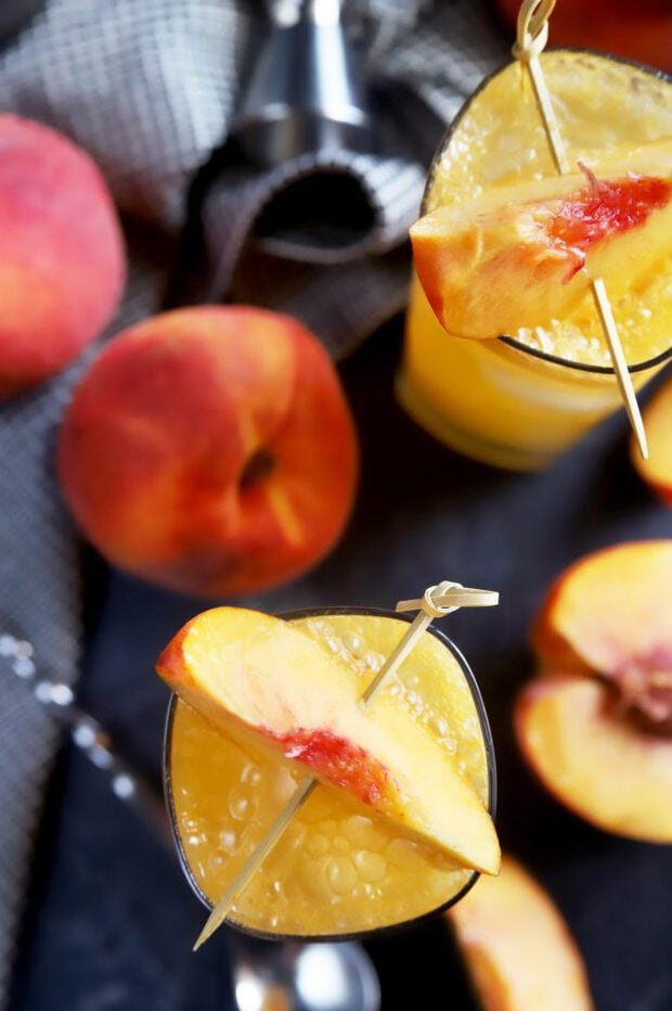 Whiskey, peach, and ginger cocktails