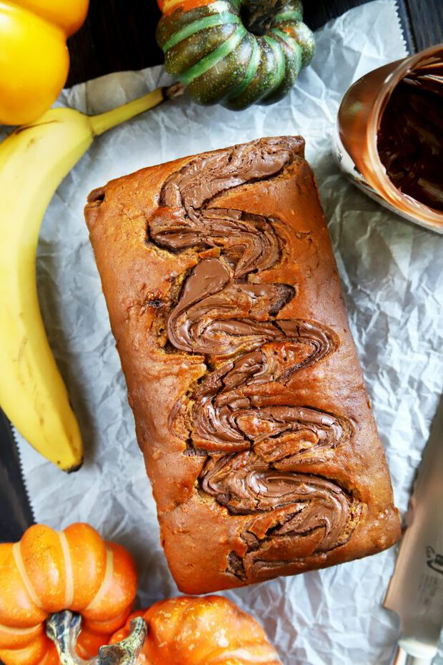 Baked banana bread with pumpkin and Nutella