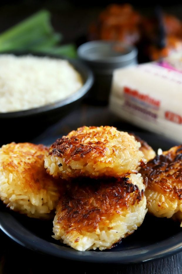 Crispy rice cakes with ginger and grains of rice