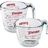Pyrex Prepware 2-Piece Glass Measuring Cup Set
