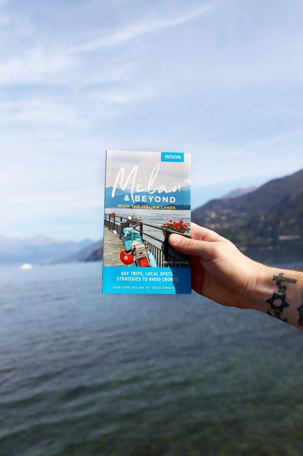 Guide To Milan Guidebook Photo