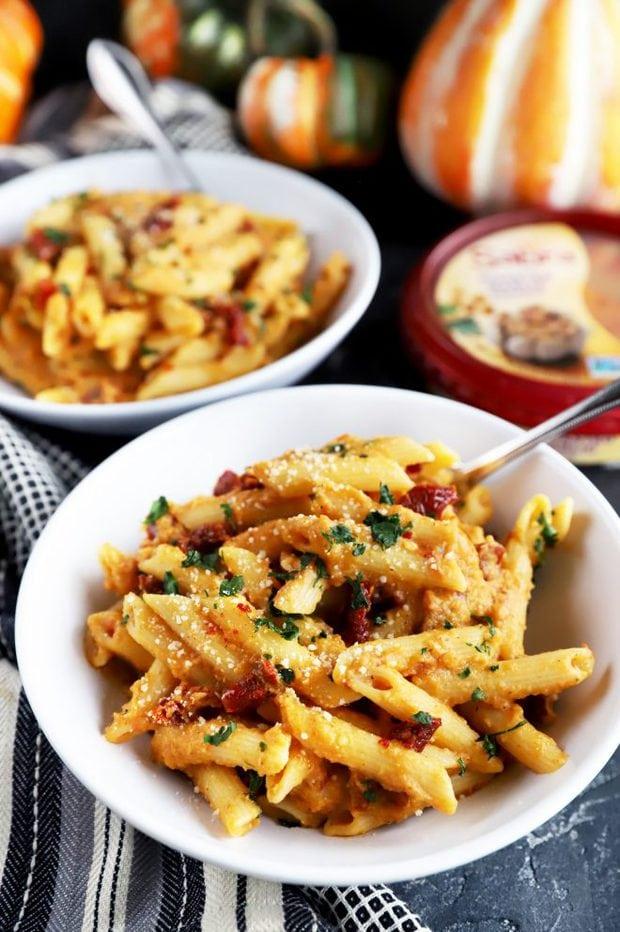 Easy fall pasta dish for Friendsgiving