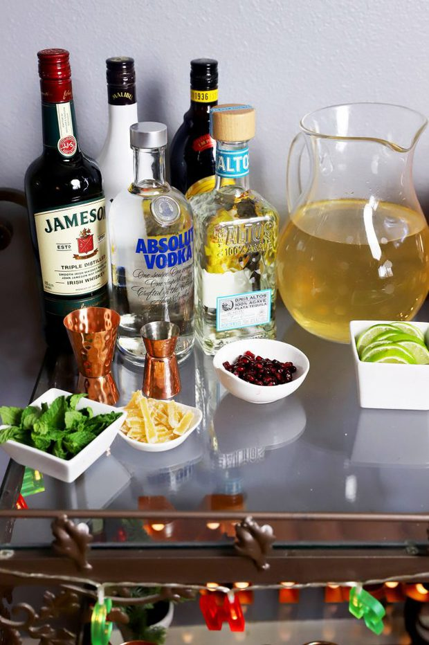Festive cart with moscow mules