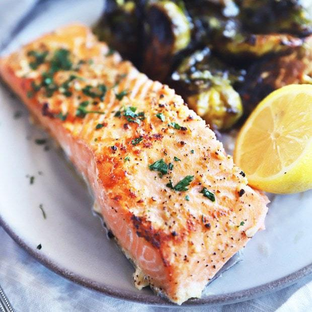 Baked Lemon Garlic Salmon thumbnail image