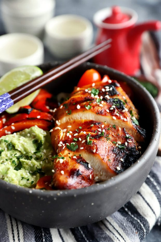 Korean grilled chicken sliced in bowl photo