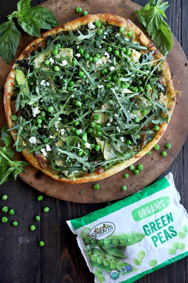 Overhead photo of greens pizza