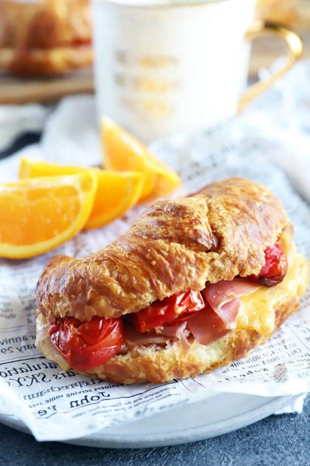 Side photo of breakfast prosciutto sandwich