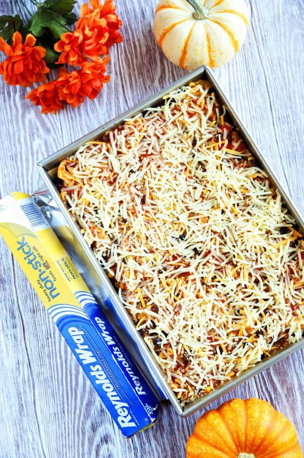 Casserole dish photo with Reynold Wrap Foil