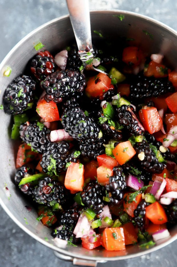 Blackberry salsa in a bowl picture