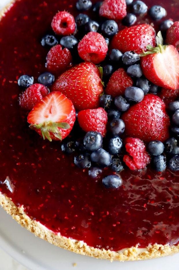 Image of berries on cheesecake